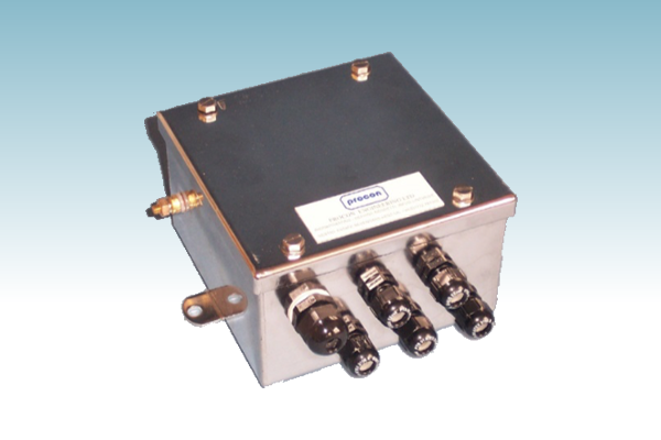 LA01-003-030 Junction Box